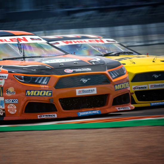 EURO NASCAR: VICTORIES AND PODIUMS FOR KENNOL