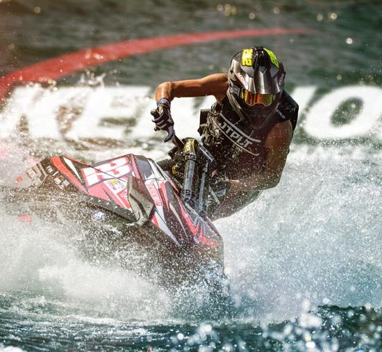 KENNOL and Matteo CALVET finish on the podium of the 2019 season of P1 JetCross European Championship