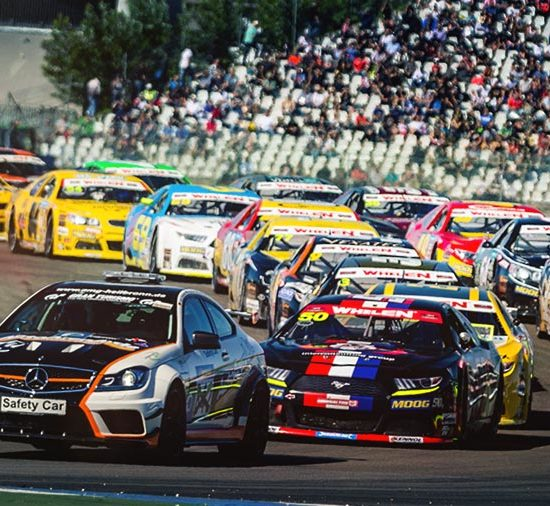 Euro NASCAR semi-finals in Hockenheim saw Dutch driver Loris Hezemans take the win