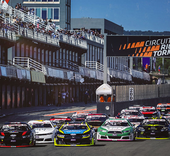 For the 5th season, KENNOL is the Official Supplier of Euro NASCAR. And despite the complicated context, the 2021 kick-off in Valencia, Spain, has been a pure show!
